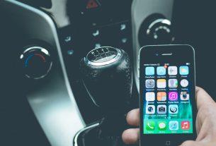 Uchwyt na telefon – co wybrać?